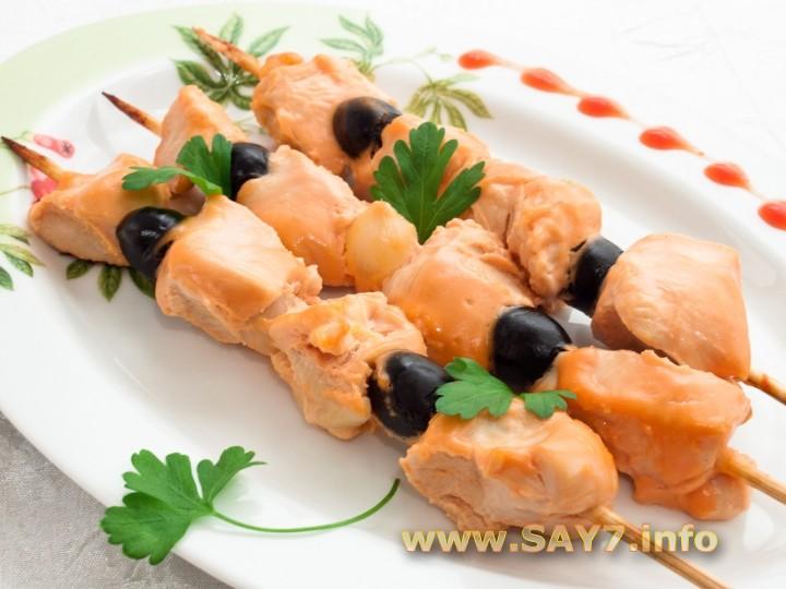 Салат с ананасами и курицей - 32 рецепта приготовления ...