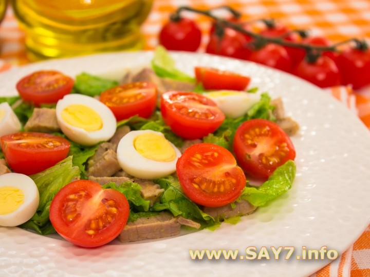 Салат из гов¤дины ветчины сыра