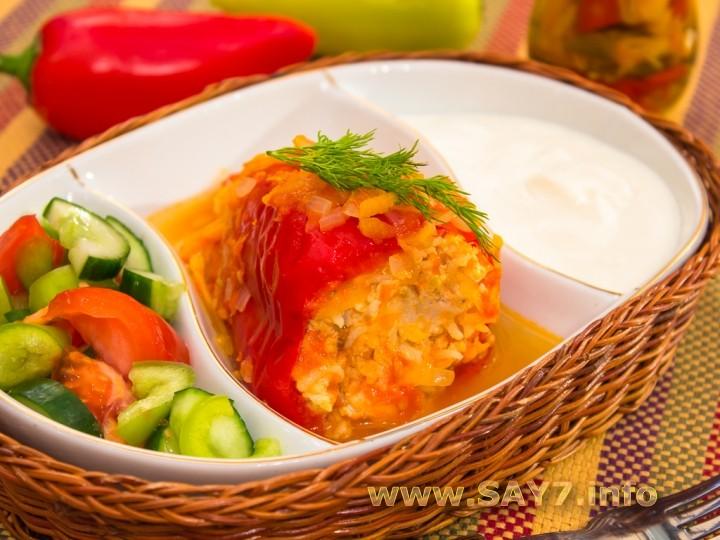 Комментарии к рецепту: Перец, фаршированный индейкой, тушенный в помидорах