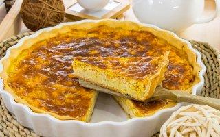 Пирог с куриным фаршем и кукурузой