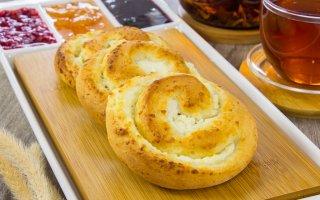 Рецепт: Творожные булочки с творожным кремом