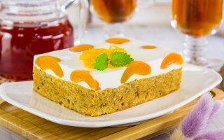 Морковный пирог с абрикосами и грецкими орехами