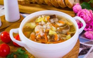 Суп с куриным филе, гречкой и грибами